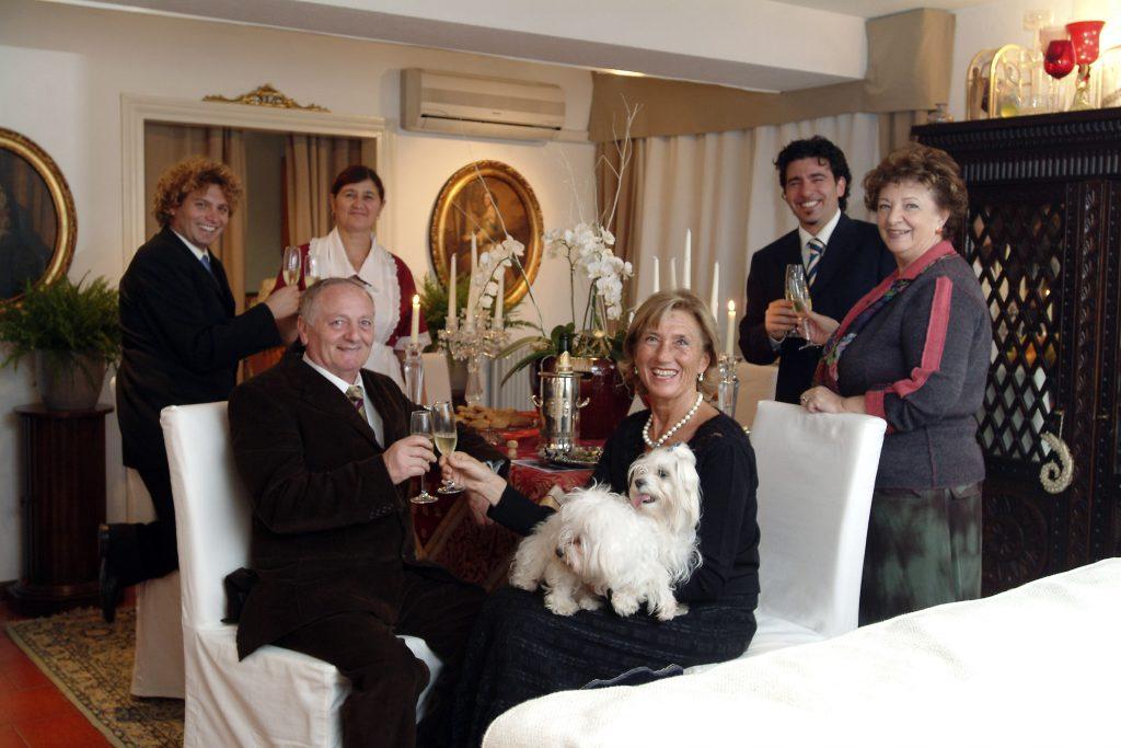 Famiglia Brusutti - Bruno con Marisa e Marco, Marina Castiello e Marco Mastroianni e tata Vera